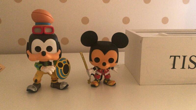 Noelia (Valladolid) Funko Pop Pluto y Mickey