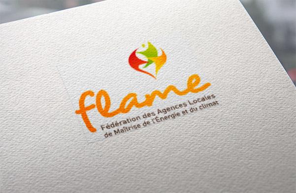 Agence de communication durable Un Degré Cinq à Bourg-en-Bresse : création de la plaquette de présentation de la structure
