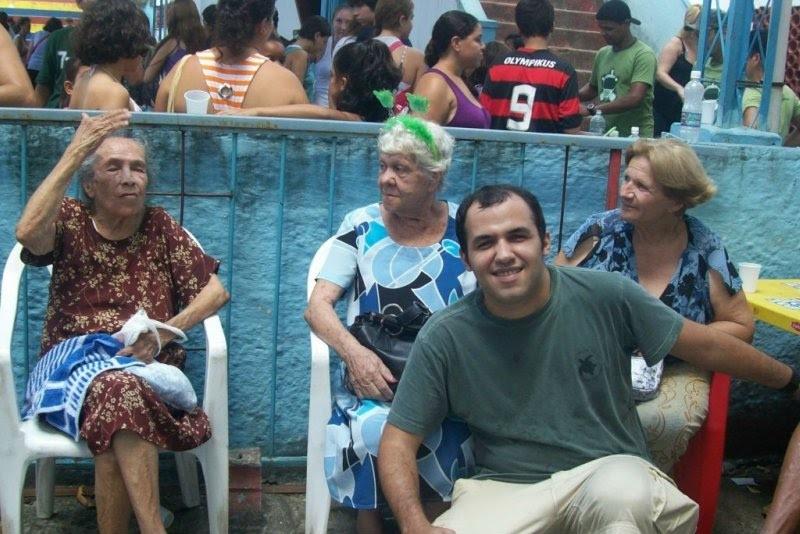 Rafael com Srª Maria, Srª Laura e a Presidente da Cs3idade