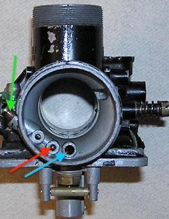 Bild: Umgebauter Vergaser Typ 361G1 (RD250A = Typ 352)