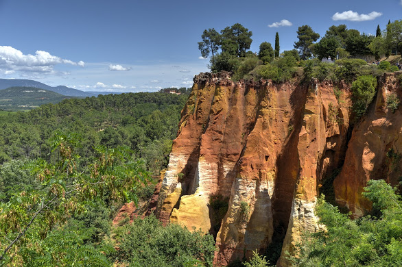 Roussillon the ocre cliffs