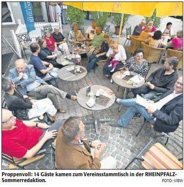 Verein für Baukultur und Stadtgestaltung Kaiserslautern e. V. - Rheinpfalz Sommerredaktion Vereinsstammtisch_Bild