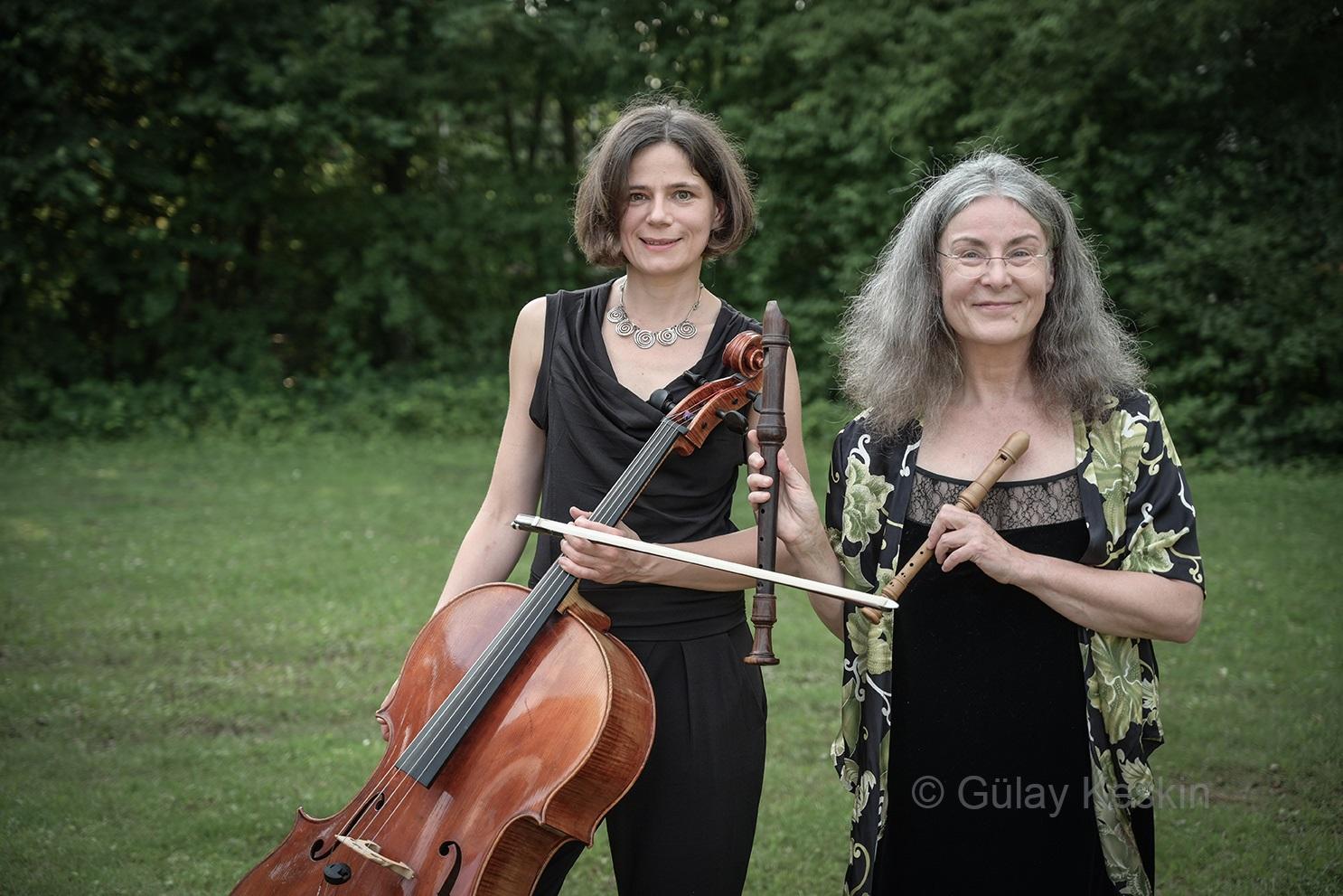 Ute Schleich und Katharina Uzal - Colori Contrastanti