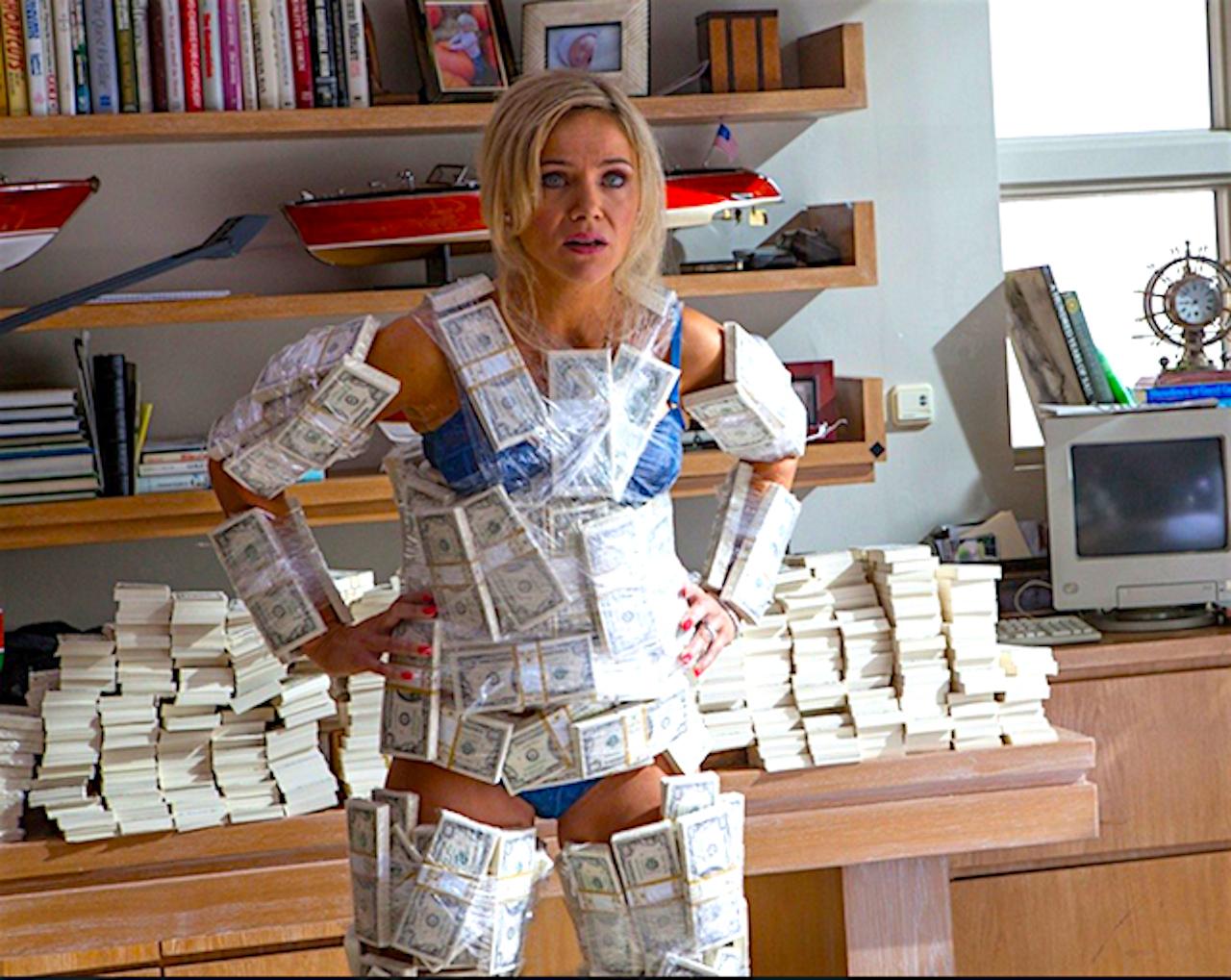 Красивые девчонки за деньги скромного порно