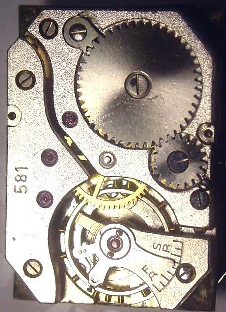 Kaliber 581 werkseitig in Ufag Uhr