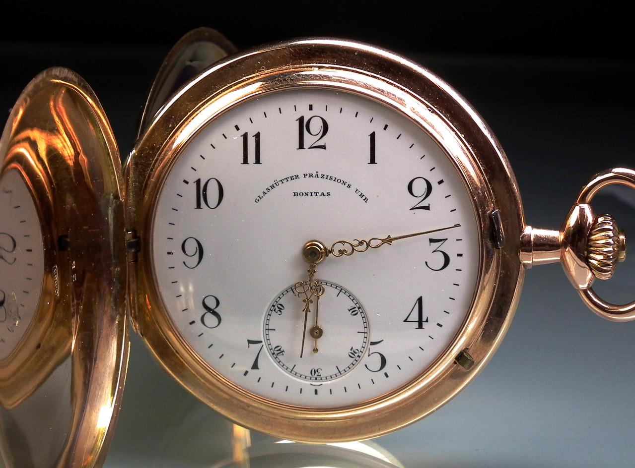 Eine der ersten, neuen Savonette Taschenuhren der neuen Glashütter Aktiengesellschaft