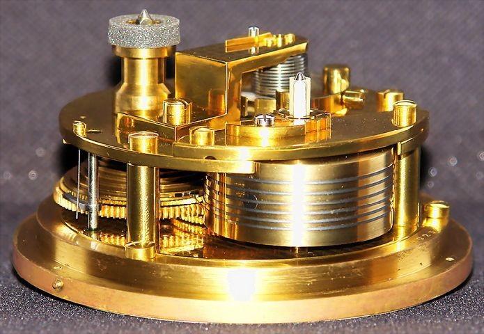 GUB Kaliber 100 Marine-Chronometer, offene Werkansicht 2