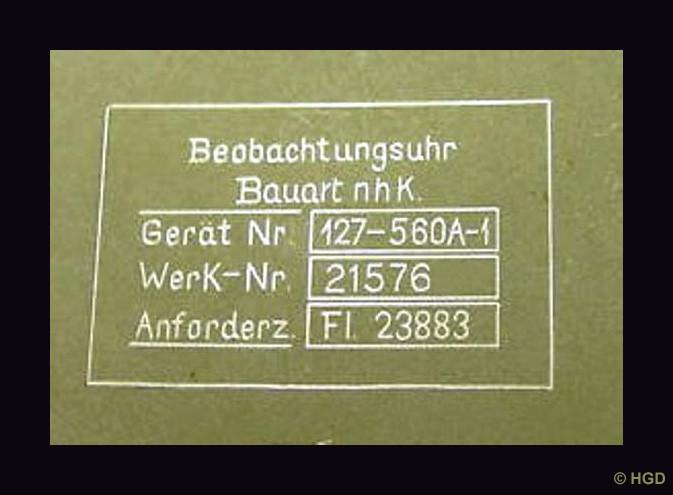 Die verschlüsselten Herstellerangaben zeichnen die B-Uhren von 1943 an  aus.