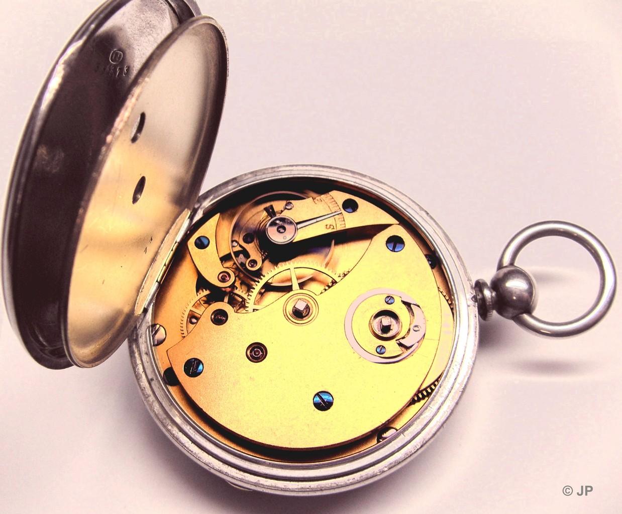 Silbergehäuse für Schlüsselaufzugsuhren; Staubdeckel mit Schlüsselloch