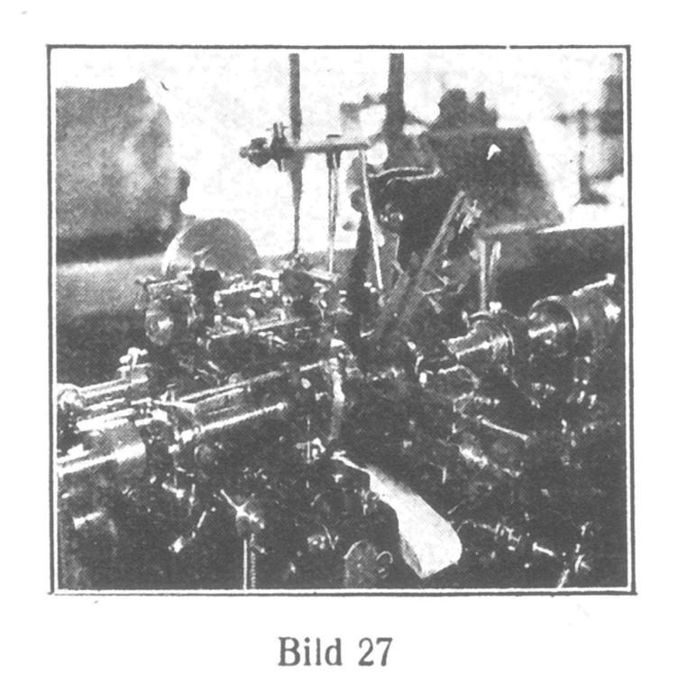 Bild 27: Automatische Schrauben-Schneidmaschine für Schrauben jeder Größe.