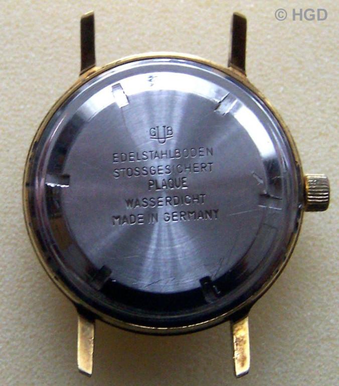 GUB Kal. 75 in für den Export in die Bundesrepublik, importiertenvergoldeten Gehäuse mit Schraubdeckel