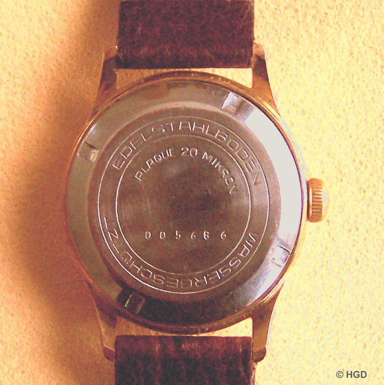 20 Mikron Plaqué eine in den 1950er Jahren außer bei der GUB kaum noch gebräuchlich starke Vergoldung