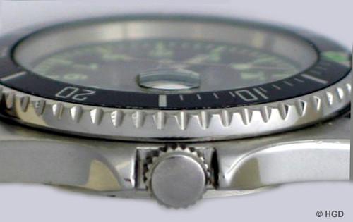 Seiten-Detailansicht mit der Lupe über der Datumanzeige