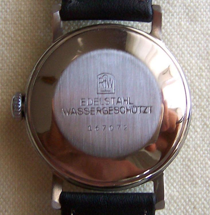 Edelstahlgehäuse mit gedrückten Boden der Firma Rodi & Wienenberger AG Pforzheim