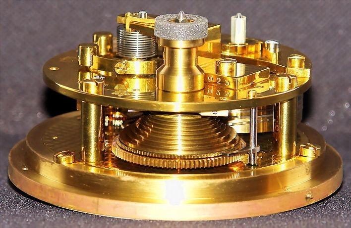 GUB Kaliber 100 Marine-Chronometer, offene Werkansicht 3