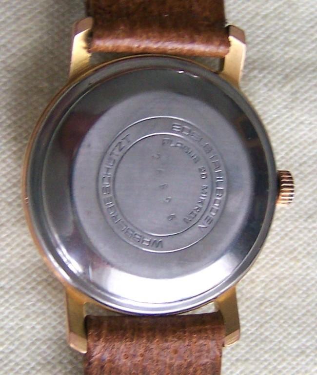 GUB Kaliber 67.1 im Gehäuse des Uhrenwerkes Weimar mit Edelstahldruckdeckel