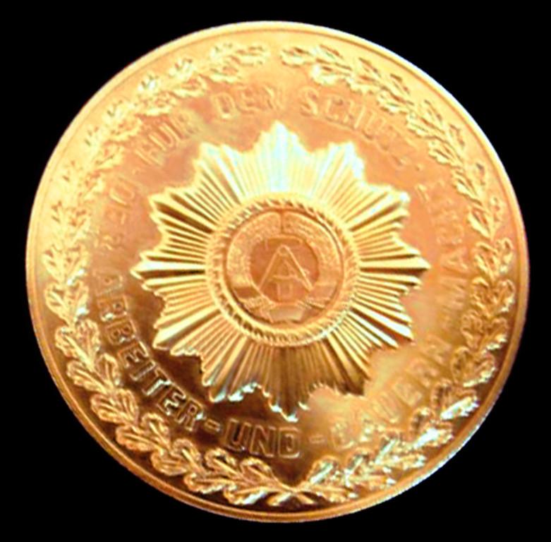 Medallie zur Auszeichnungsuhr des MdI