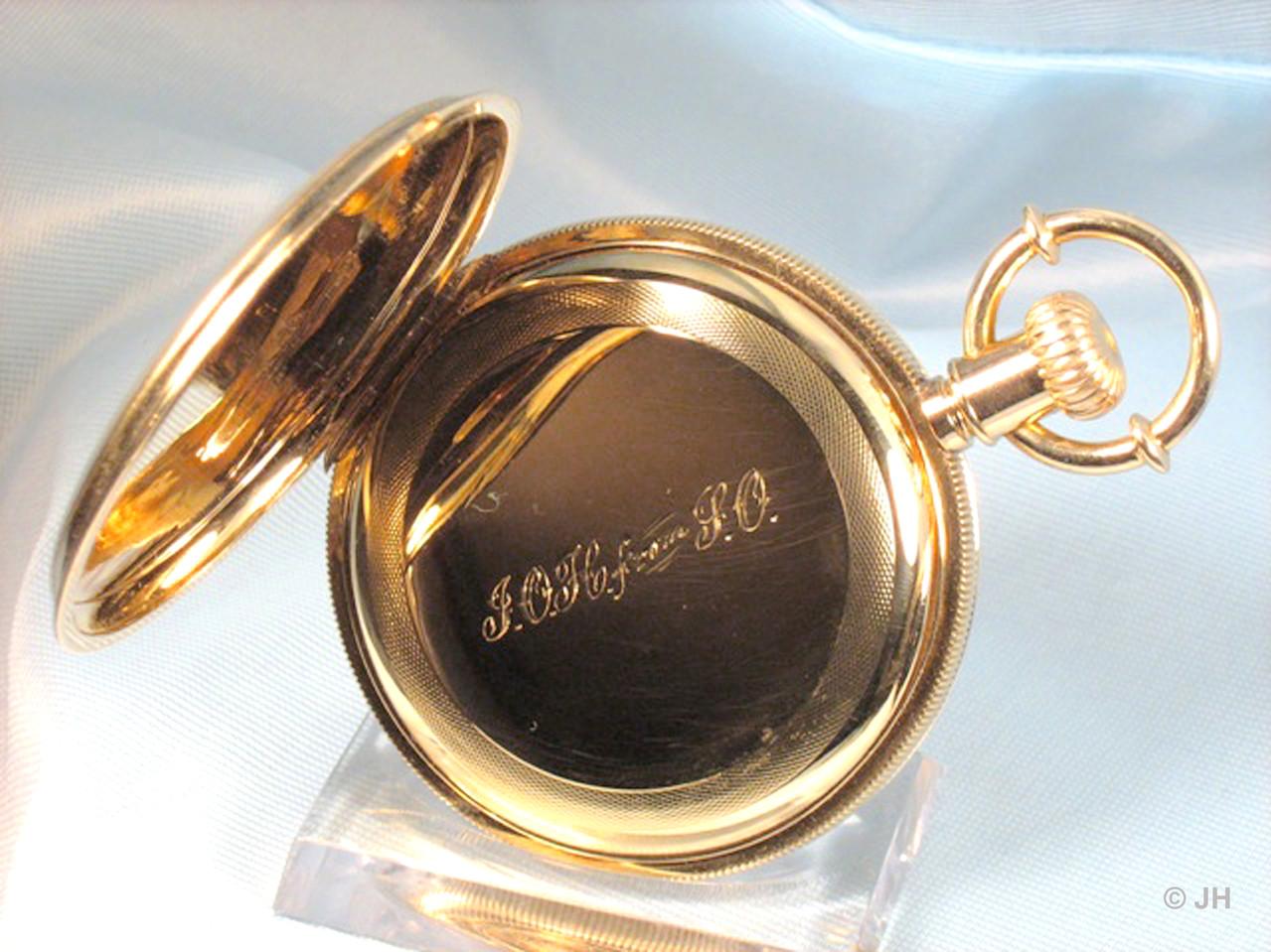 Staubdeckel mit Handgravur