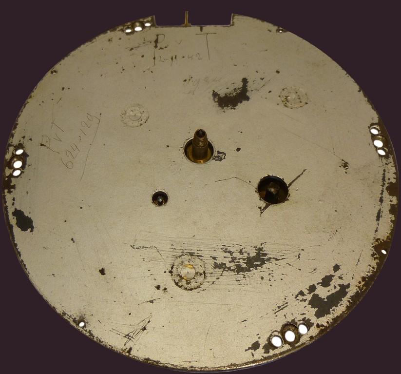 Zifferblattrückseite mit Uhrmachergrafitti