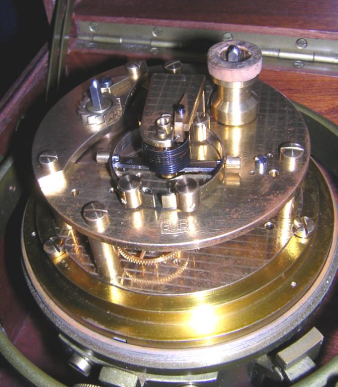 GUB Kaliber 100 Marine-Chronometer, offene Werkansicht 1
