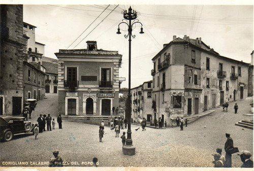 Clicca sull'immagine per visitare il Centro Storico di Corigliano Calabro, tramite immagini del Passato
