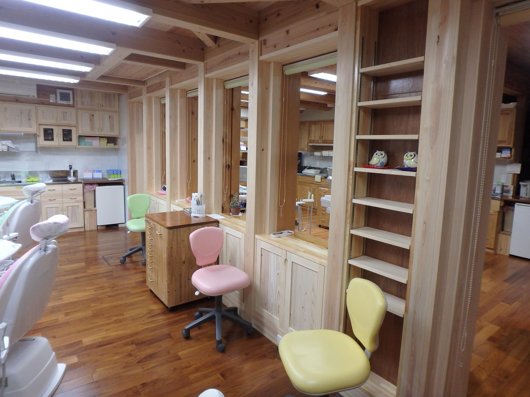 既設診療室と新設診療室との境壁