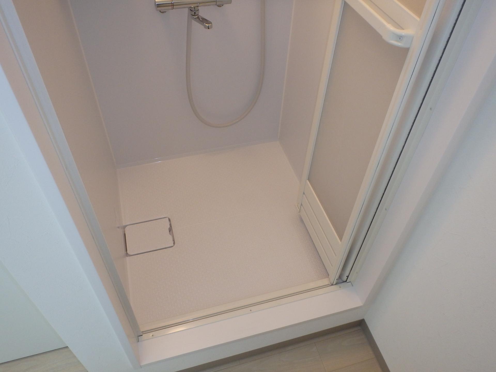 2階シャワールーム