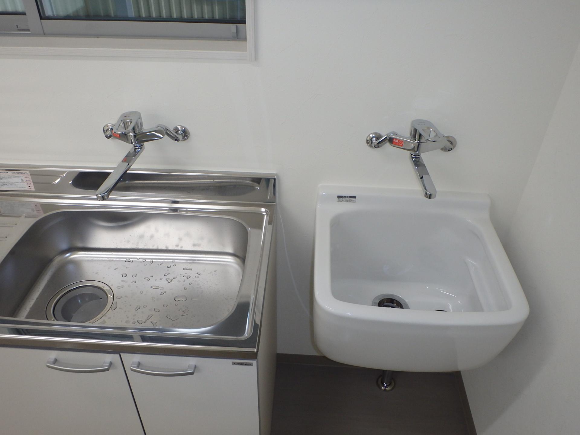 詰所 汚れ物を洗える多目的シンク