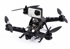 2 caméras sur ce drone: 1 FPV +1 GOPRO