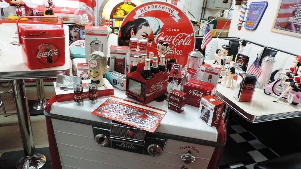 Retro Kühlschrank American Style : Coca cola truhe retro kühlschrank usa american dine `s truhe
