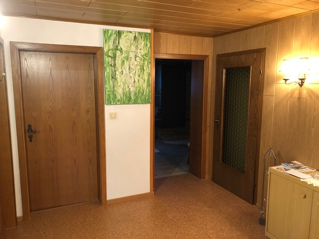 Flur mit Eingangstüre zur Ferienwohnung