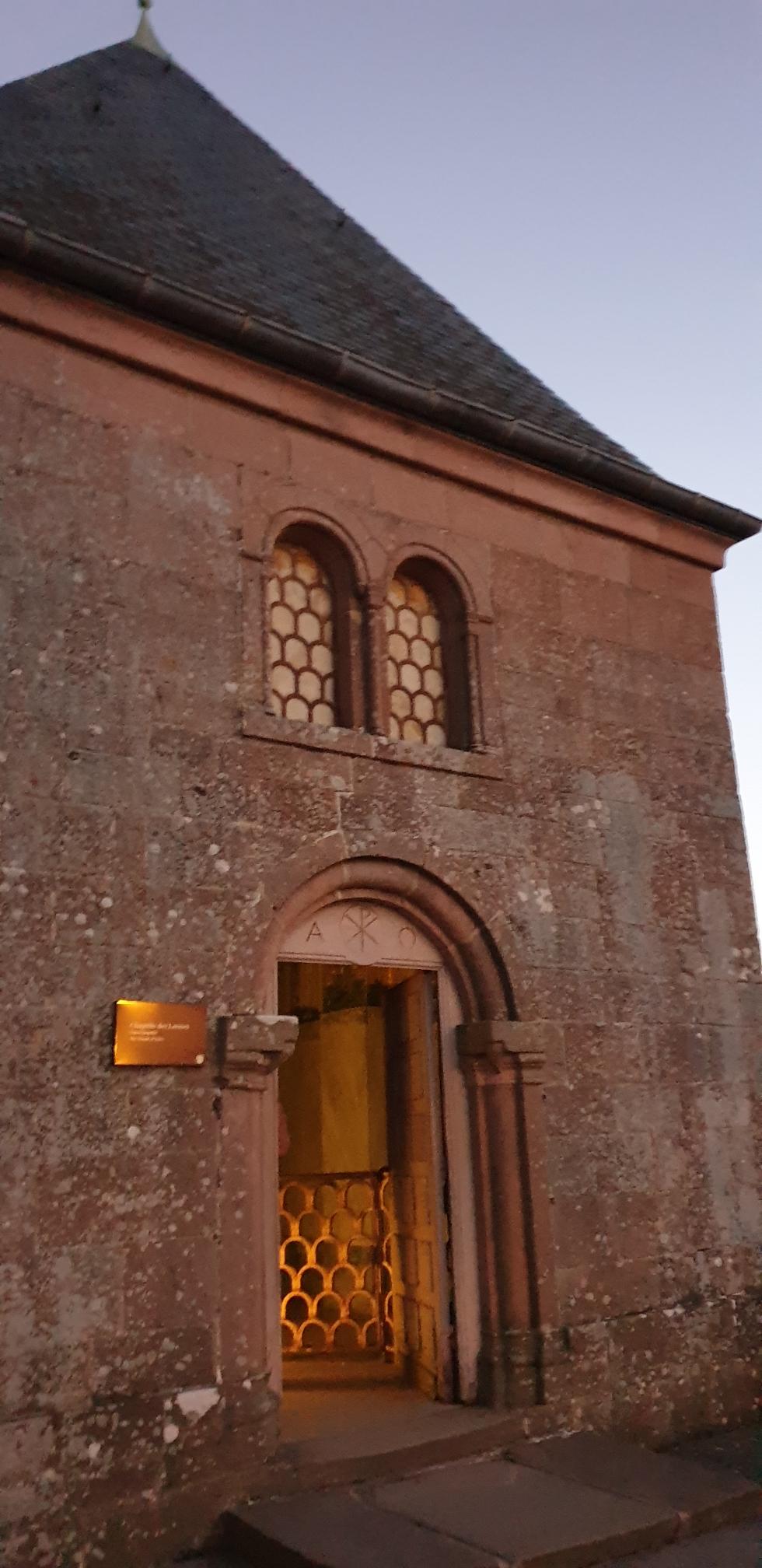 Geöffnete Tränenkapelle