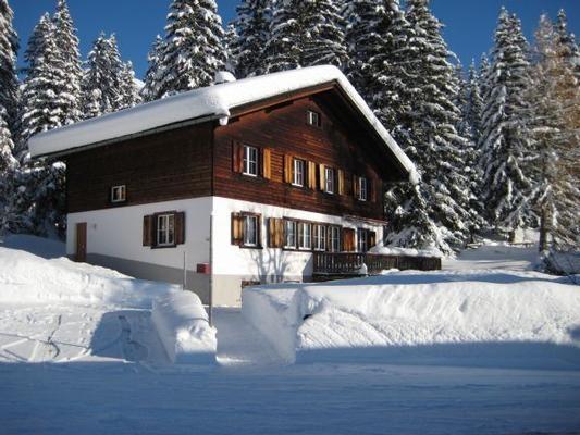 Haus Chalet 14 Davos im Winter