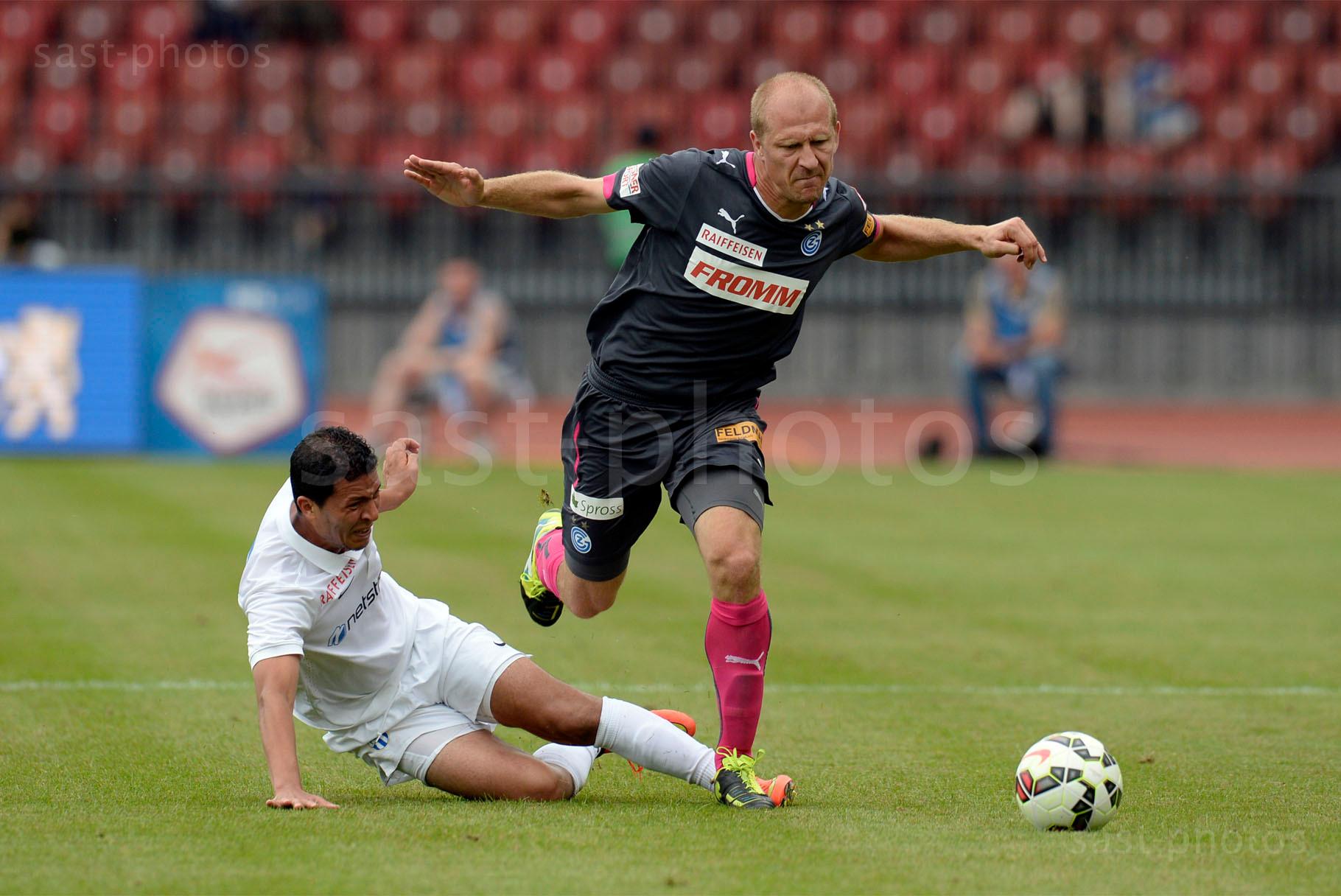 Amine Chermiti (FCZ) gegen Stephane Grichting (GCZ)