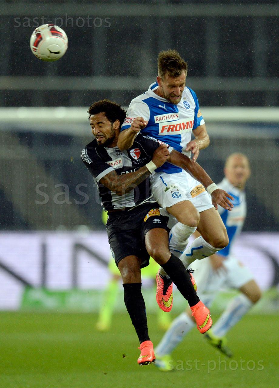 Carlitos (Sion) gegen Daniel Pavlovic (GCZ)