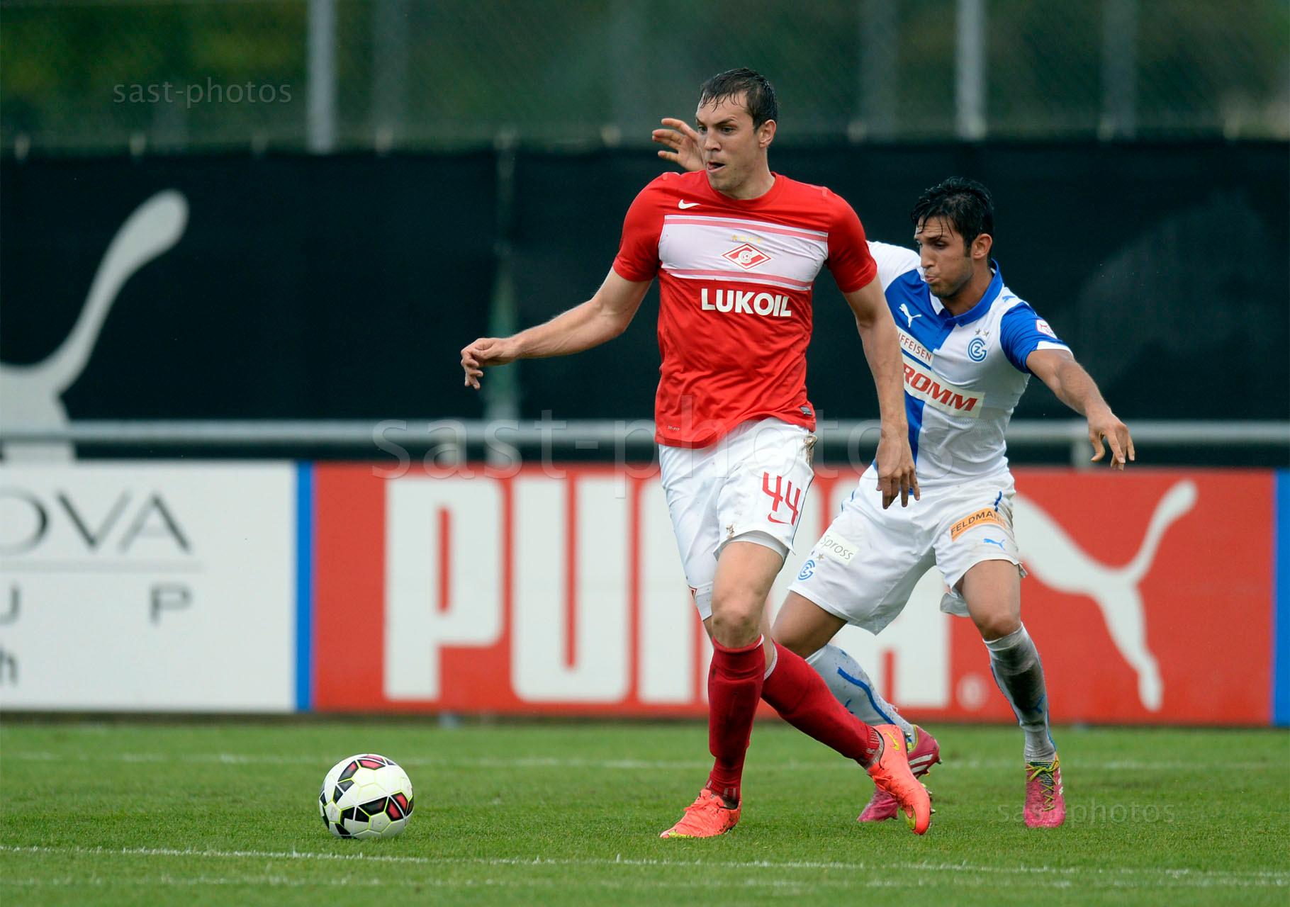 Artem Dzyuba (Spartak) gegen Levent Guelen (GCZ)