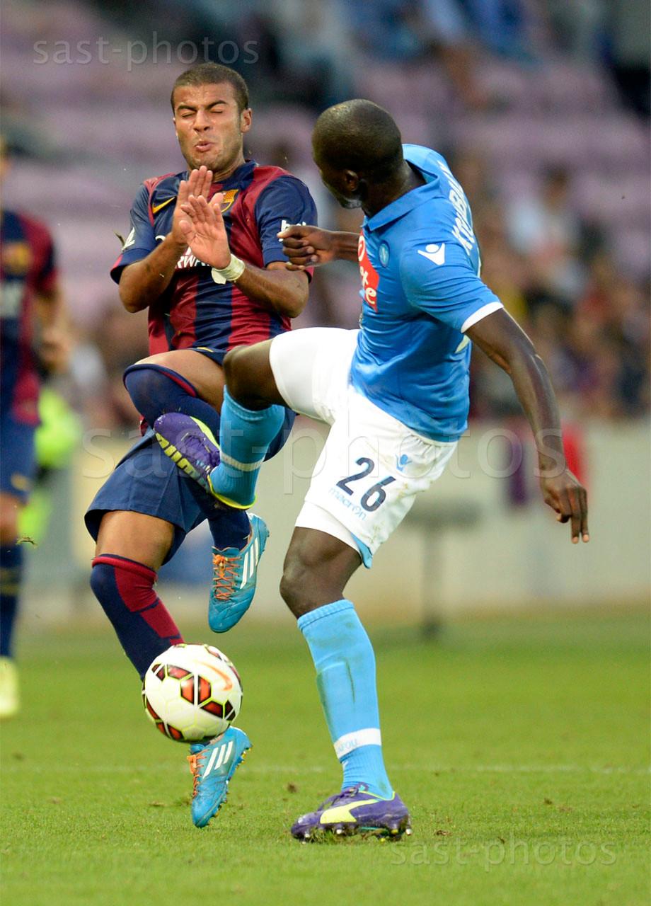 Rafael Alcantara (L. Barcelona) gegen Kalidou Koulibaly (Napoli)
