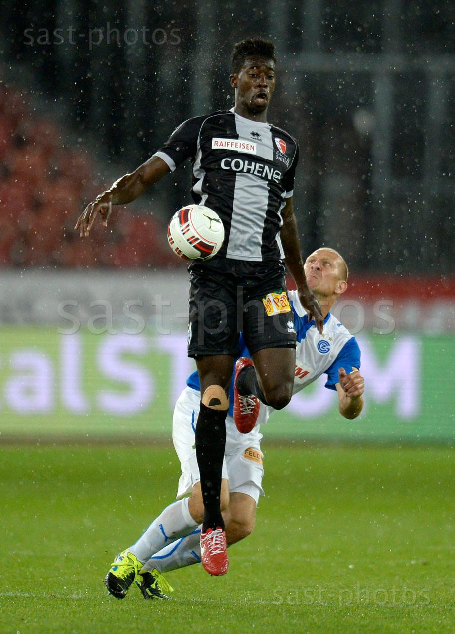 Fousseyni Cisse (L. Sion) gegen Stephane Grichting (GCZ)