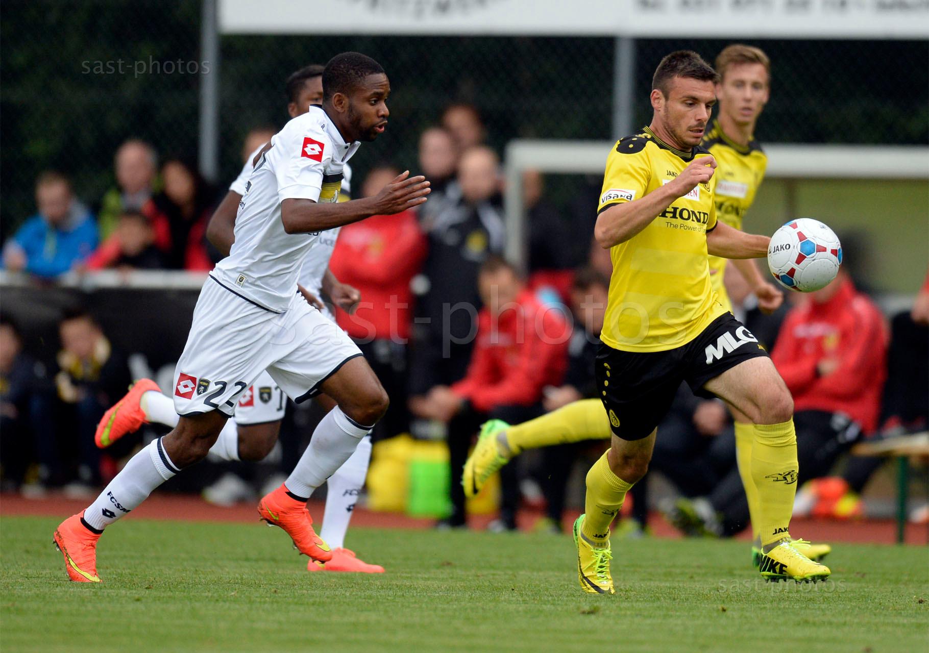 Cedric Bakambu (Sochaux) gegen Milan Gajic (YB)