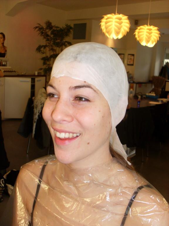 2. Glatze aufsetzen und anpassen