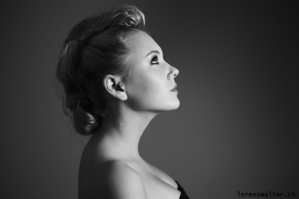 Photo: Lorenz Walter * Model: Sara * MakeUp/Hair: SL