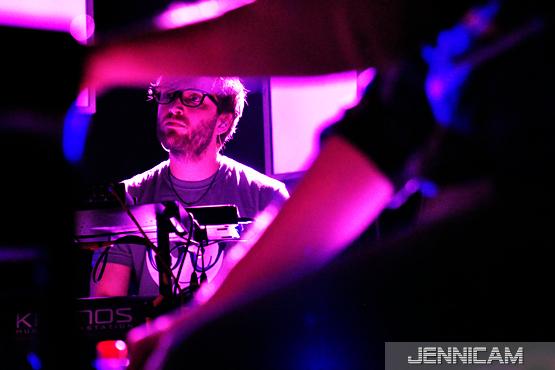 """Tim Bendzko, """"Du warst noch nie hier""""-Tour, Stuttgart, 13.2.2012 - (c) Jennifer Trautmann -"""