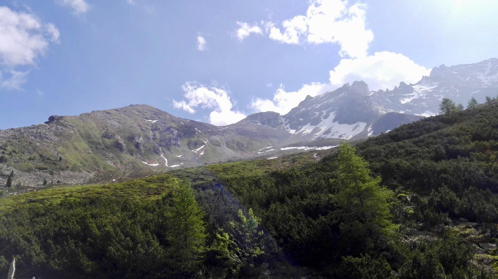 Noch war der Gipfel (links) gut zu sehen.