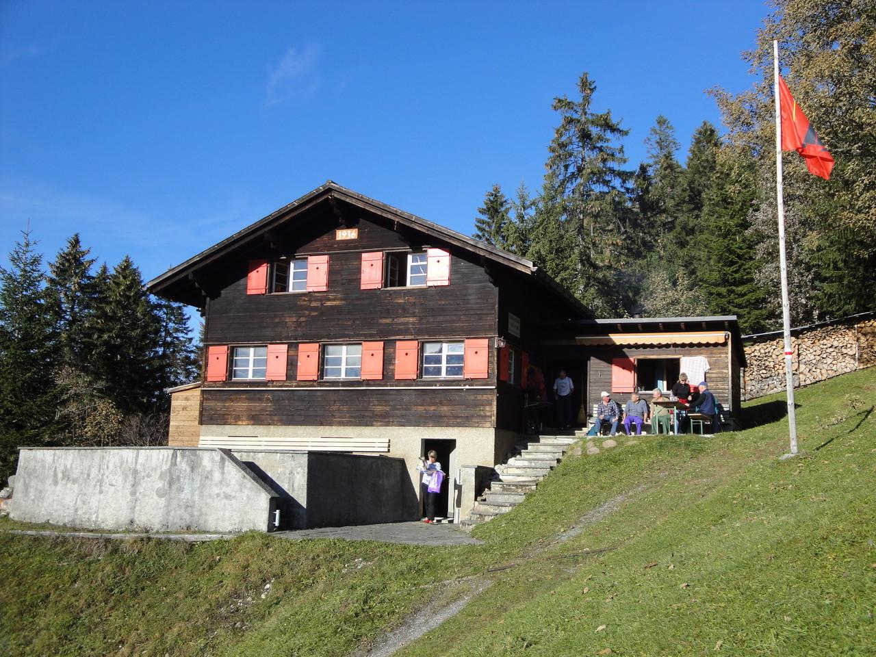 Skihaus im Sommer