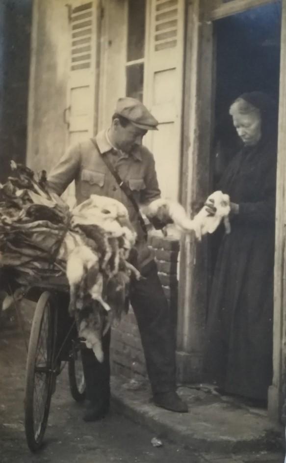 marchand de peaux de lapin