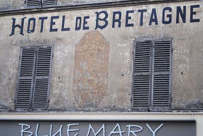 maisons-laffitte enseigne de l'hotel de Bretagne