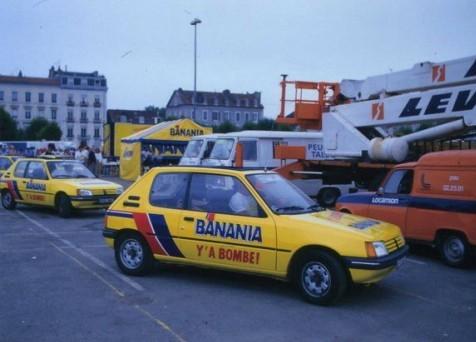 """Voiture Peugeot 205 de la caravane du """"Tour de France"""""""
