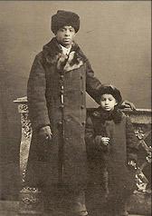 Avec son fils en Russie