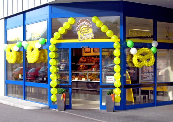 Ballondekoration für Neueröffnung Filiale Bäckerei  Fischer
