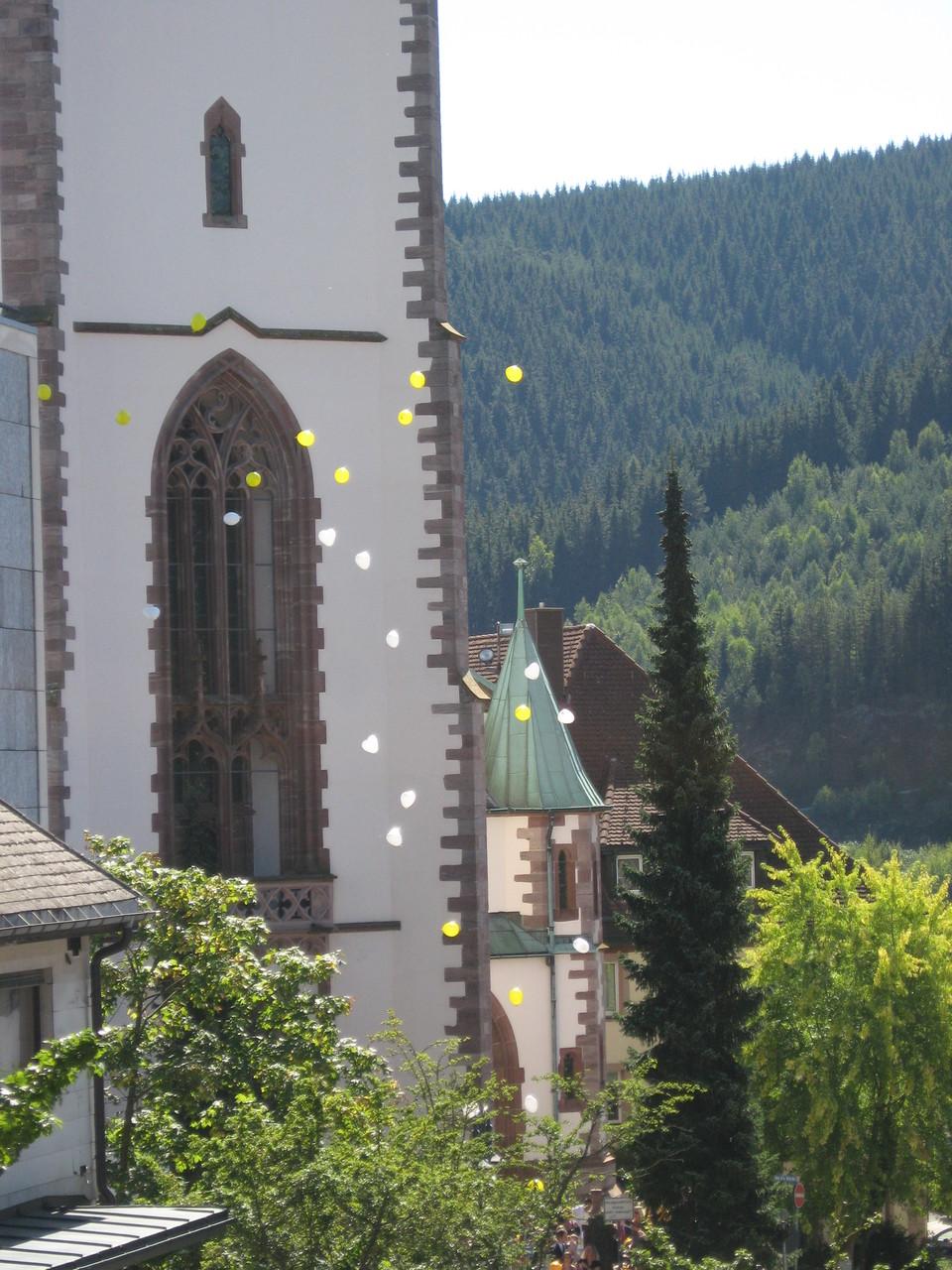 Heliumballons Massenstart (Münster Titisee-Neustadt)